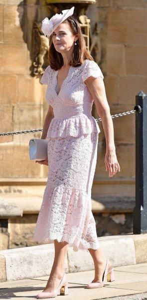 Лучшая помощница королевы Елизаветы увольняется из-за деспотичной Меган Маркл – СМИ