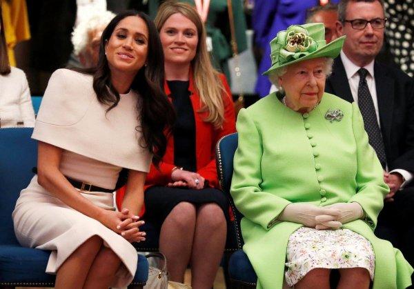 Королева предупредила Гарри, что Меган не может иметь всё, что она хочет