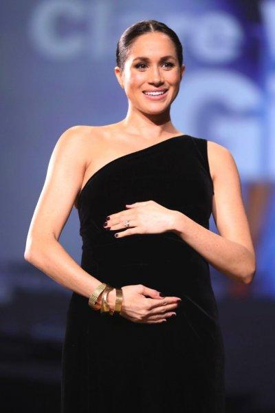 Беременная Меган Маркл проведет рождественское утро без принца Гарри