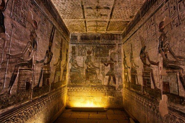 В Египте обнаружена нетронутая гробница древнего жреца