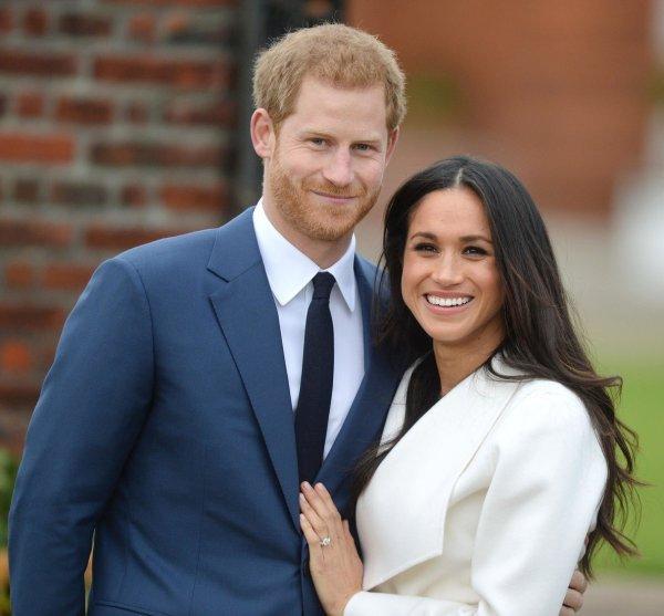Меган Маркл попросила Королеву не вмешиваться в её конфликт с отцом - СМИ