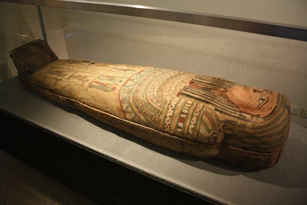 В Египте обнаружены древние саркофаги римской эпохи