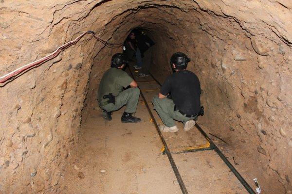На границе США и Мексики обнаружили очередной тоннель