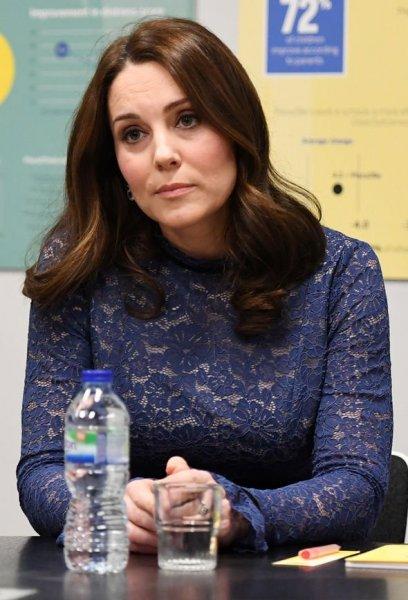 СМИ: Кейт Миддлтон опасается унаследовать психические расстройства