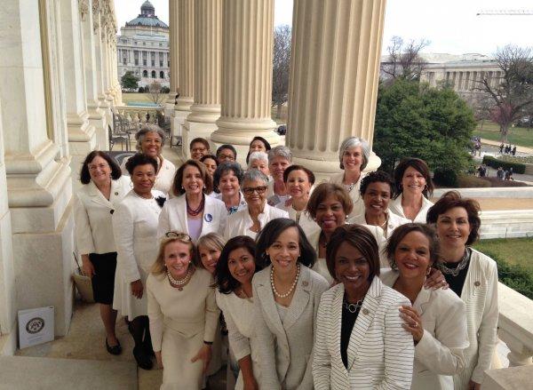 В США демократки обвинили Трампа в дискриминации женщин