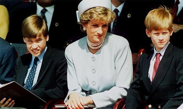 Королева в шоке: Принц Уильям говорил, что не хочет становиться королем – биограф