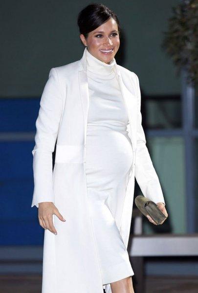 Осталось восемь недель: Джордж Клуни проговорился о дате родов Меган Маркл