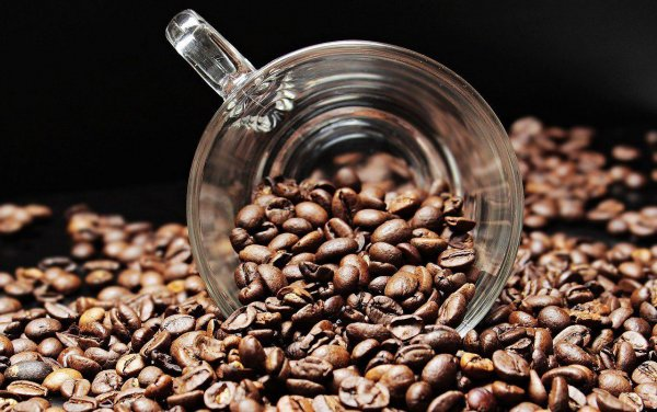 Кофейная зависимость привела жительницу Китая к перелому трёх рёбер