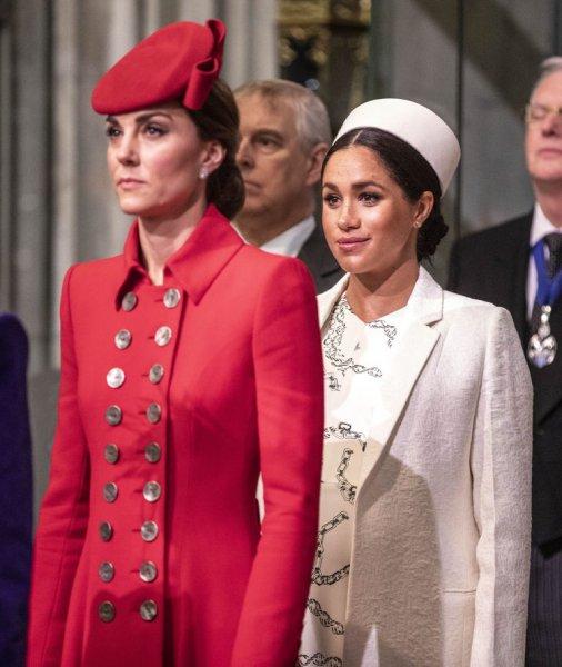 Меган Маркл в пролете: Кейт Миддлтон нашла поддержку в глазах королевы Елизаветы