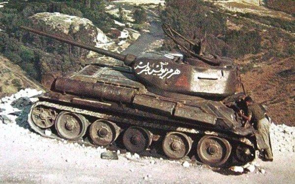 В Сирии откопали легендарный танк Т-34, воевавший с Израилем