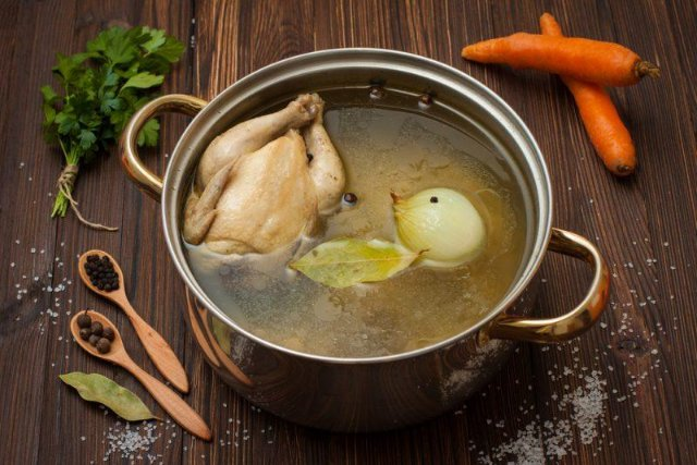 Суп на курином бульоне просто и вкусно