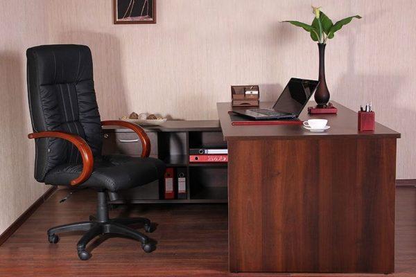 Кресло для руководителя с доставкой в Днепре и по всей Украине