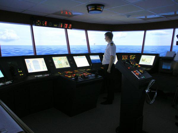 МАРСТАР - крупнейший частный учебный центр в СПб для моряков