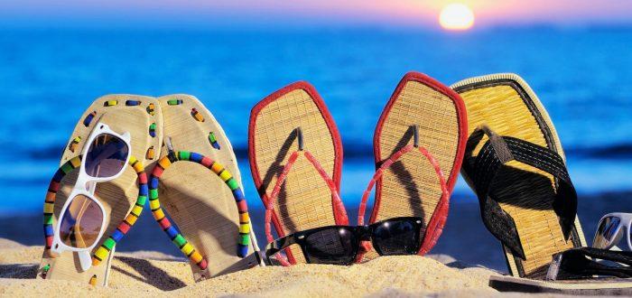 Большой выбор пляжной обуви
