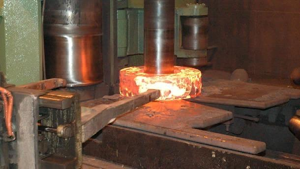 Изготовление поковок различных сталей и сплавов, а также механическая обработка металла