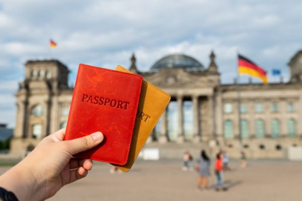 Помощь поздним переселенцам, этническим немцам