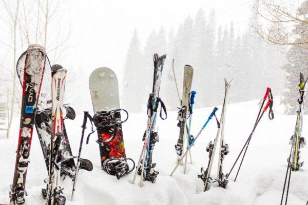 Прокат горных лыж и другой экипировки в Сочи