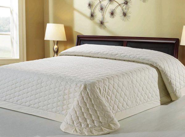 Стеганные покрывала на кровать